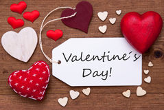 Etiqueta con los corazones y día de tarjetas del día de San Valentín rojos del texto Imagen de archivo libre de regalías