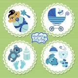 Etiqueta con los elementos para el bebé recién nacido asiático Imagenes de archivo