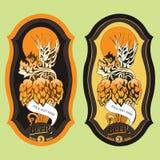 A etiqueta da cerveja com lúpulo e lua Imagens de Stock Royalty Free