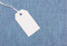 Etiqueta de la etiqueta en vaqueros Foto de archivo libre de regalías