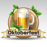 Etiqueta de Oktoberfest Fondo de la bandera de Baviera con la voluta para el texto  aislado en blanco Fotografía de archivo