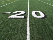 Etiqueta de plástico de las yardas del campo de fútbol de la High School secundaria Imagen de archivo libre de regalías