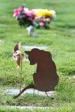 Etiqueta de plástico del sepulcro del animal doméstico Fotografía de archivo libre de regalías