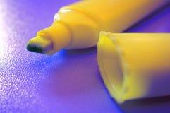 Etiqueta de plástico fluorescente Fotos de archivo