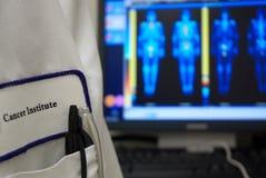 Etiqueta do institut do câncer imagens de stock royalty free