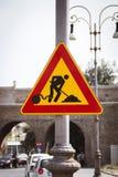Etiqueta em um sinal de rua Fotos de Stock