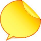 Etiqueta engomada de papel amarilla de la burbuja del discurso stock de ilustración