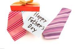 Etiqueta feliz do dia de pais com gravatas Fotografia de Stock Royalty Free