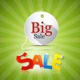 Etiqueta grande de la venta en fondo verde Fotografía de archivo libre de regalías