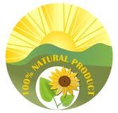 Etiqueta para el producto natural con el sol, el paisaje verde y el girasol Fotografía de archivo libre de regalías