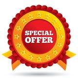 Etiqueta roja de la oferta especial con las estrellas y las cintas libre illustration