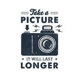 Etiqueta tirada mão do partido com ilustração do vetor da câmera da foto Fotos de Stock Royalty Free