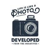 Etiqueta tirada mão do partido com ilustração do vetor da câmera da foto Fotos de Stock