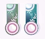 Etiquetas com ornamento das flores. Vetor Ilustração Stock