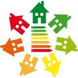 Etiquetas da energia com casa no fundo branco Foto de Stock