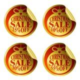 Etiquetas da venda do Natal com bola do Natal 10,25,30,55 por cento ilustração royalty free