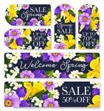 Etiquetas de las compras de la venta de la primavera del vector de flores Fotografía de archivo libre de regalías