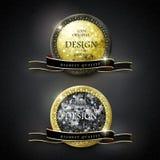 Etiquetas de oro de la calidad superior con los elementos del diamante Imágenes de archivo libres de regalías