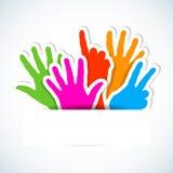 Etiquetas de papel das mãos levantadas. Ilustração Stock