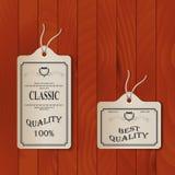 Etiquetas de papel en fondo de la capa Foto de archivo libre de regalías