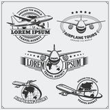 Etiquetas do curso do avião, emblemas, crachás e elementos do projeto Estilo do vintage Foto de Stock