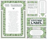 Etiquetas do estilo do vintage do vetor com as uvas para a decoração e o projeto ilustração stock