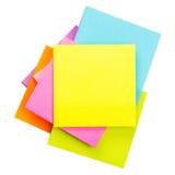 Etiquetas engomadas del papel coloreado Fotos de archivo