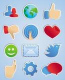 Etiquetas engomadas del vector con los iconos sociales de los media Foto de archivo