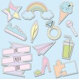 Etiquetas engomadas y colección de los remiendos Pernos de moda de moda, etiquetas en colores en colores pastel suaves Imagen de archivo