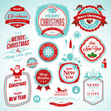 Etiquetas engomadas y divisas por Año Nuevo y la Navidad ilustración del vector