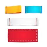 Etiquetas o insignias en blanco coloridas de la tela Fotografía de archivo libre de regalías