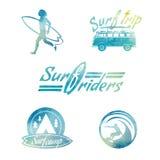 Etiquetas que practican surf del estilo retro de la acuarela del vector Imagen de archivo libre de regalías
