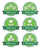 Etiquetas redondas verdes retras de la venta de la primavera - estilo del grunge libre illustration