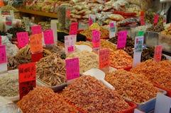 Etiquetas secadas do marisco e de preço Imagem de Stock Royalty Free