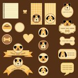 Etiquetas y escrituras de la etiqueta con los perros Foto de archivo libre de regalías