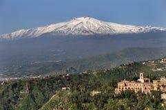 etna挂接西西里岛 图库摄影