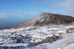 Etna Park Snowy, Sizilien lizenzfreie stockfotografie