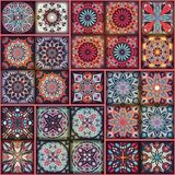 Etniczny kwiecisty mandala bezszwowy wzór kolorowa tło mozaika Zdjęcia Royalty Free