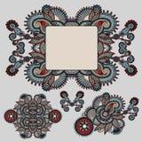 Etniczny ornamentacyjny kwiecisty przybranie i rama ilustracja wektor