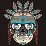 Etniczny plemienny wystrój czaszki kośca stylu boho z piórkami i abstraktów wzorami ilustracja wektor