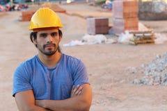Etniczny pracownik budowlany w miejscu zdjęcie royalty free