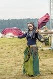 Etnisch Festival van Oude Cultuur Volksdansen in het Russische Dorp royalty-vrije stock foto's