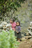 Etnische minderheid twee zusters, bij oude Dong Van-markt royalty-vrije stock foto