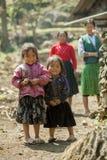 Etnische minderheidmoeder en dochter Stock Fotografie