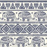 Etnische naadloze olifant Stock Afbeelding