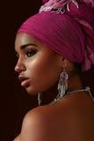 Etnische Schoonheid Zwartemeisje stock foto