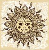 Etnisk dekorativ sun Arkivbild