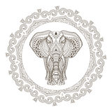Etnisk indisk elefant för vektor i Mandala Frame Royaltyfri Fotografi
