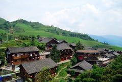 Etnisk minoritetby i det Guangxi landskapet, Kina Arkivbilder