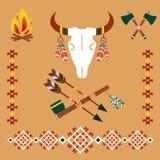 Etnisk prydnad med tjurskallen och pilar Fotografering för Bildbyråer